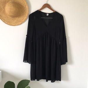 DIVIDED Flowy Black Bell Sleeve Tunic Dress